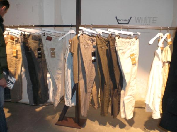 Jeans modaonlive for Industria italiana arredi