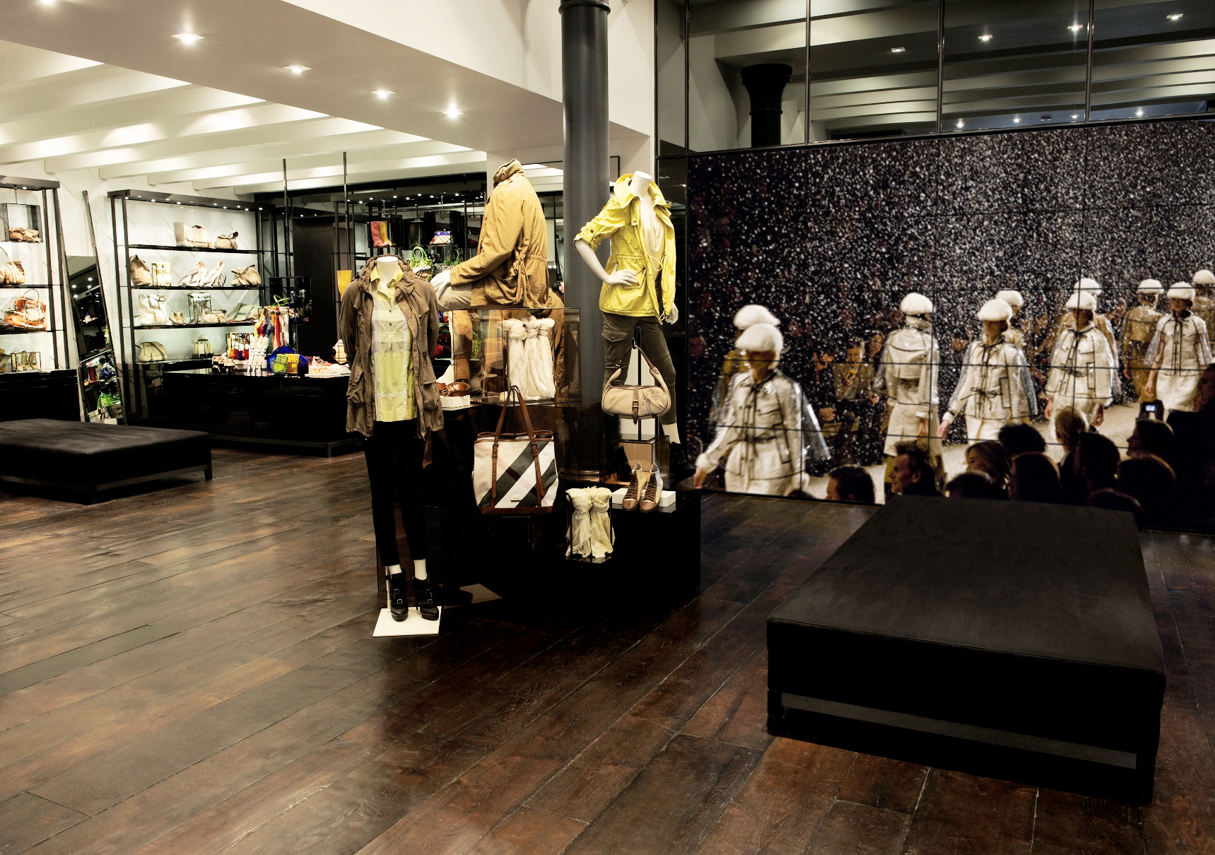 Burberry Brit Store A Milano : Londra modaonlive
