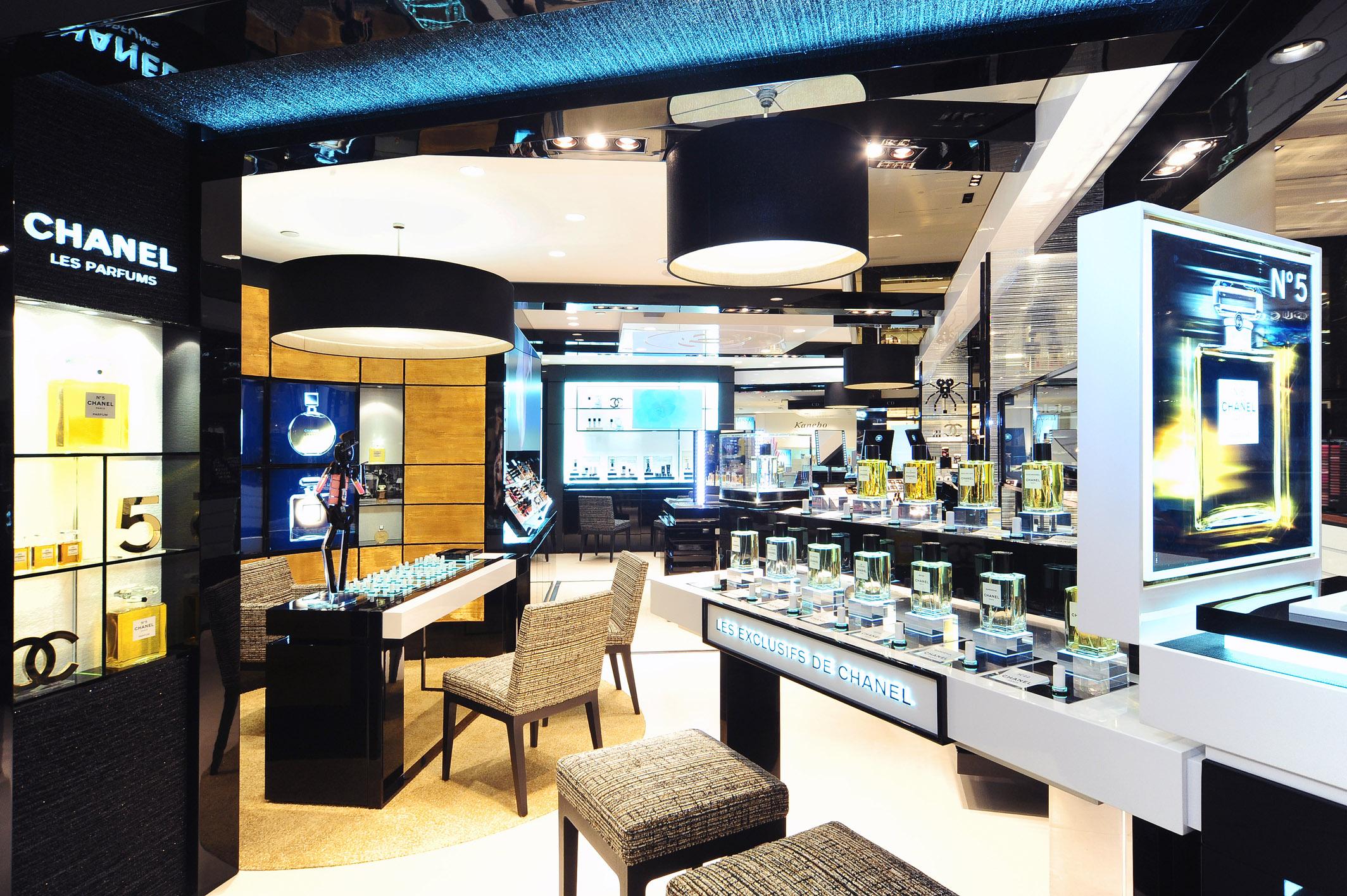 Nuovo espace chanel in rinascente duomo a milano modaonlive for Chanel milano boutique